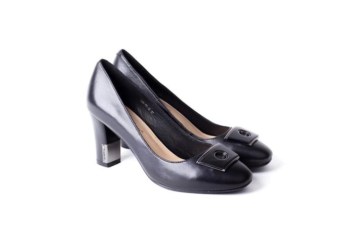 Продам туфли в Хабаровске