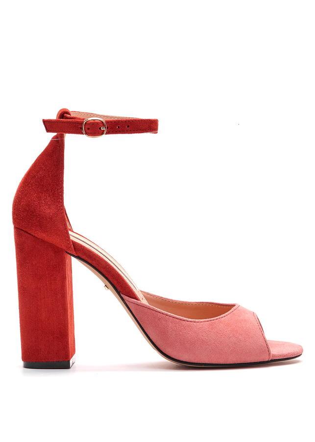 красные туфли во Владивостоке