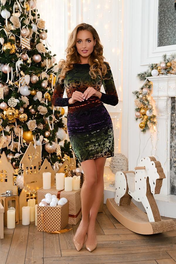 Отличное платье к любому празднику)) во Владивостоке