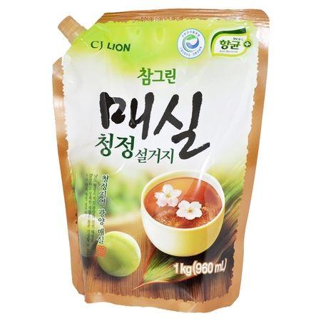 """LION Средство для мытья посуды, овощей и фруктов """"CHAMGREEN"""" Японский абрикос, мягкая упаковка, 960 мл"""
