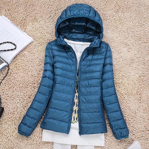 Ультралегкая женская куртка с капюшоном, цвет голубое озеро