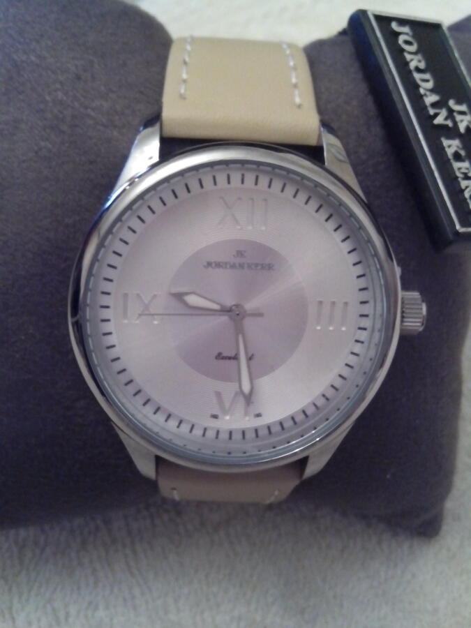 Часы женские в Хабаровске