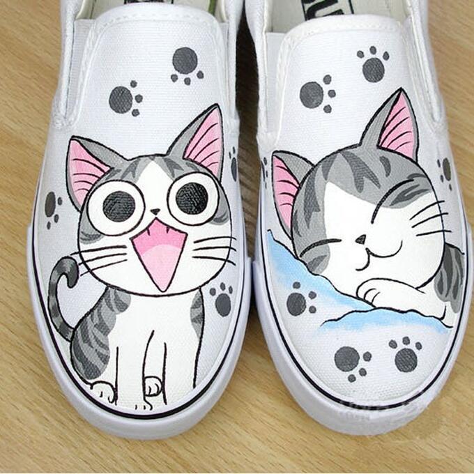 белые слипоны рисунок кот вместе