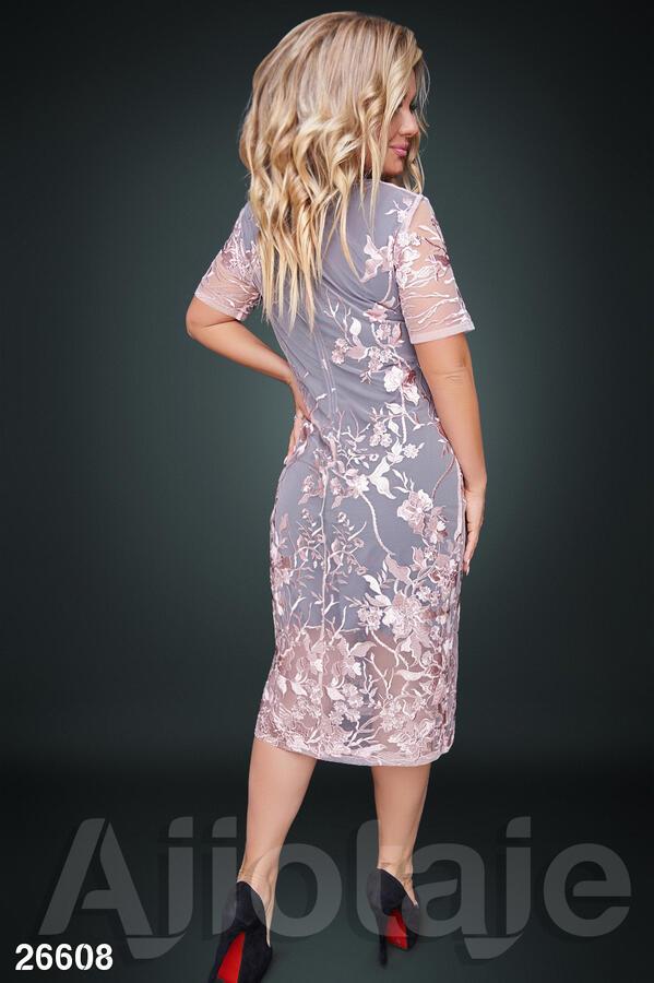 Платье миди с итальянским кружевом