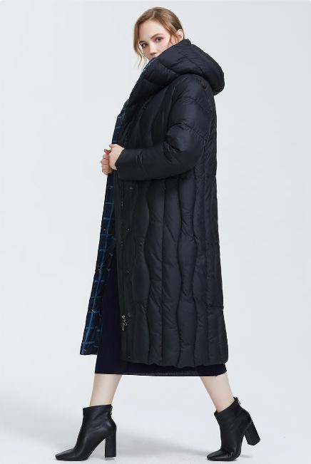 Зимний женский пуховик с капюшоном, цвет черный