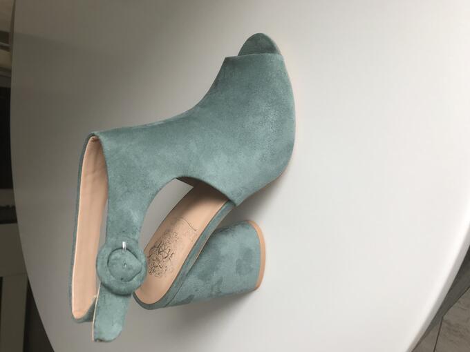 Туфли открытые Инарио во Владивостоке