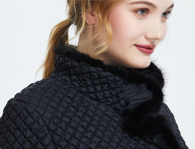 Демисезонная женская куртка с МЕХОМ НОРКИ, цвет черный