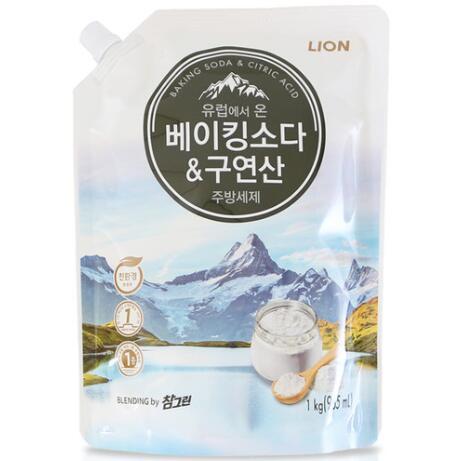 LION Средство для мытья посуды Chamgreen с содой и лимонной кислотой, мягкая уп