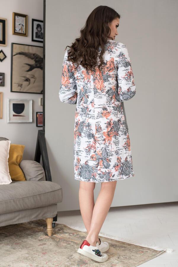Пальто ЮРС Состав ткани: Вискоза-25%; ПЭ-71%; Спандекс-4%; Рост: 164 см.  Совершенно невозможно представить себе гардероб женской одежды без оригинального, стильного и модного пальто. Элегантное пальт
