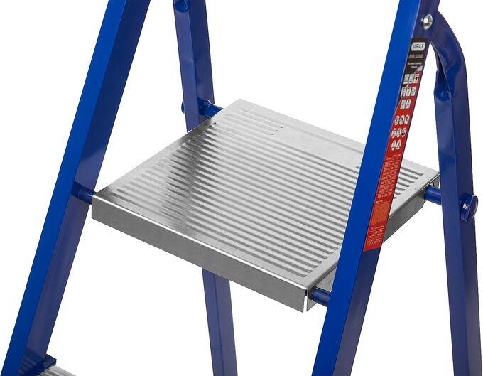 Лестница-стремянка стальная