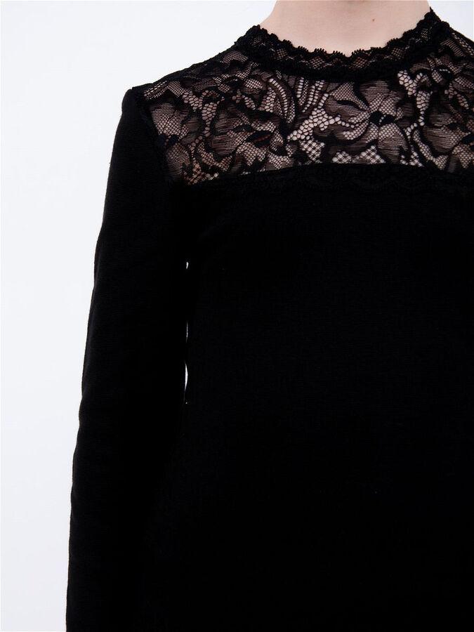 Черная Джемпер 1687, хлопок 95%  лайкра 5%. Очень мягкий приятный к телу трикотаж. Цвет черный.