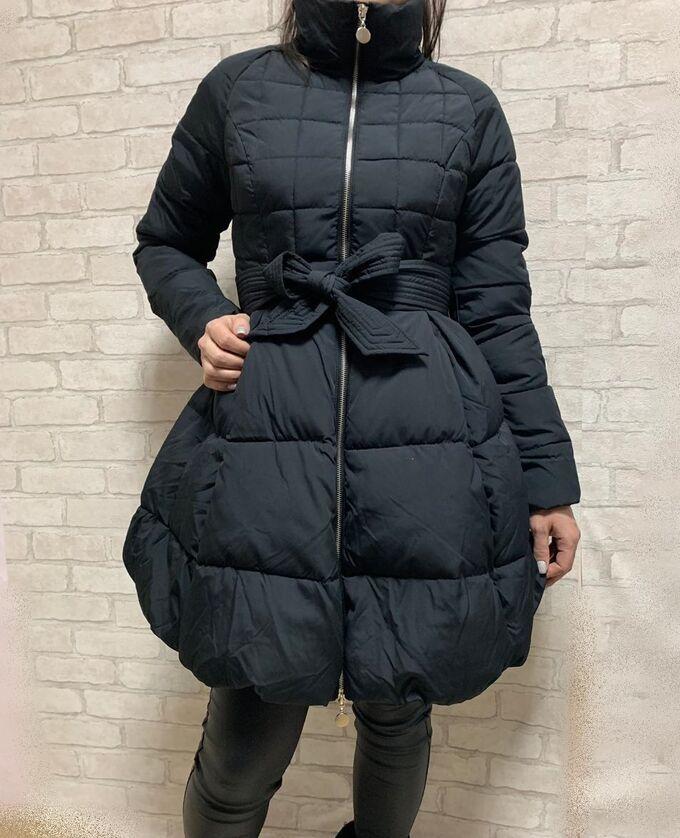 Пуховик Материал: Плащевка/пух;  Замеры изделия: ОГ 88, ОТ 78, длина рукава по внутреннему шву 51, длина 84 Теплое простеганое пальто создаст гармоничный силуэт и подойдет для любого типа фигуры. Своб