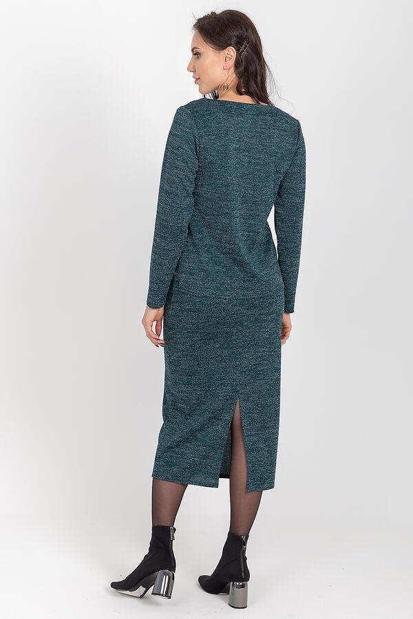 Костюм Ультрамодный костюм из трикотажа - must have 2020 года! Юбка - миди с сексапильным разрезом сзади, на резинке. Стильный джемпер с V - образным вырезом, дополнительно украшенный кружевом, рукав