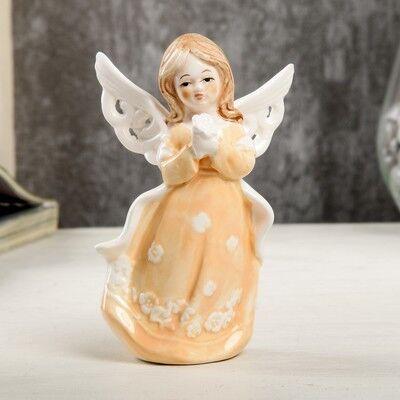 """Сувенир керамика """"Ангел-девочка в персиковом платье с накидкой, с цветком"""" 12,4х6х7,7 см"""