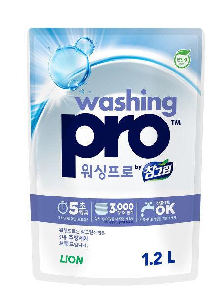LION Средство для мытья посуды Washing PRO, мягкая упаковка