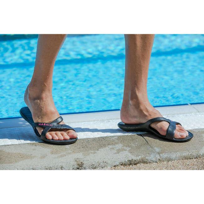 ШЛЕПАНЦЫ Легкие и удобные шлепанцы понадобятся вам у бассейна. Они обладают хорошими прилегающими свойствами и не скользят на мокрой поверхности.