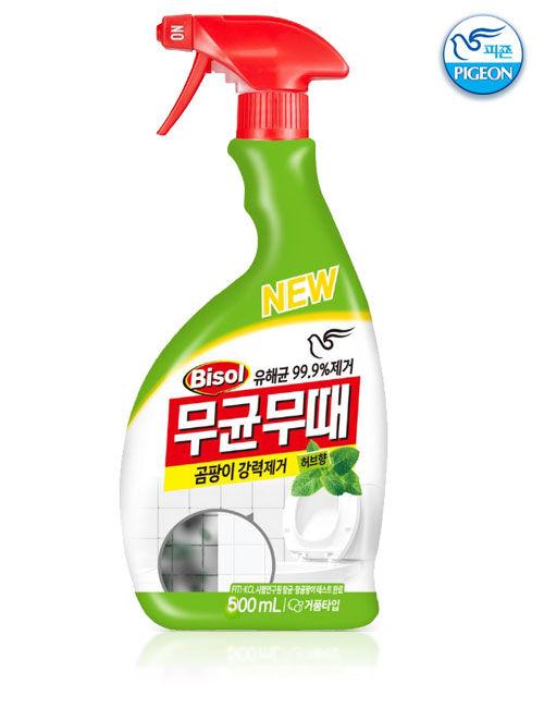 Чистящее средство  для ванной комнаты от плесени (с ароматом трав) с пульверизатором