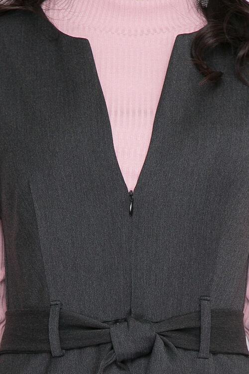 Сарафан Сарафан из качественной костюмной ткани производства Турция.Отрезной по линии талии с расклешенной юбкой и карманами в боковых швах. Застежка по переду в среднем шве на потайную молнию.Пояс в