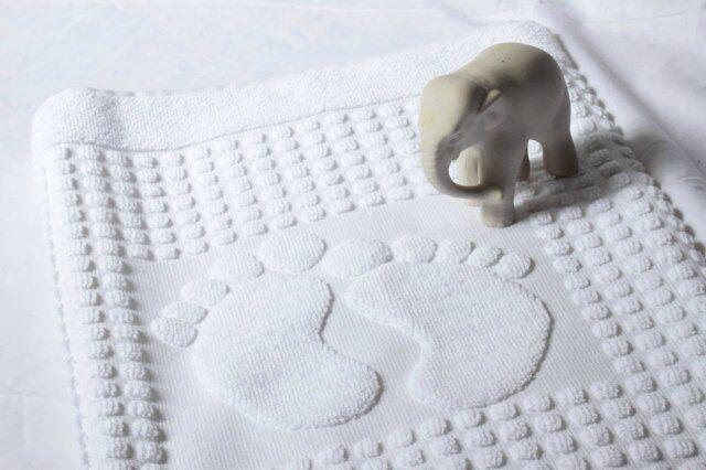 Коврик Коврик махровый 50х80 («ножки») плотность 650 гр./м