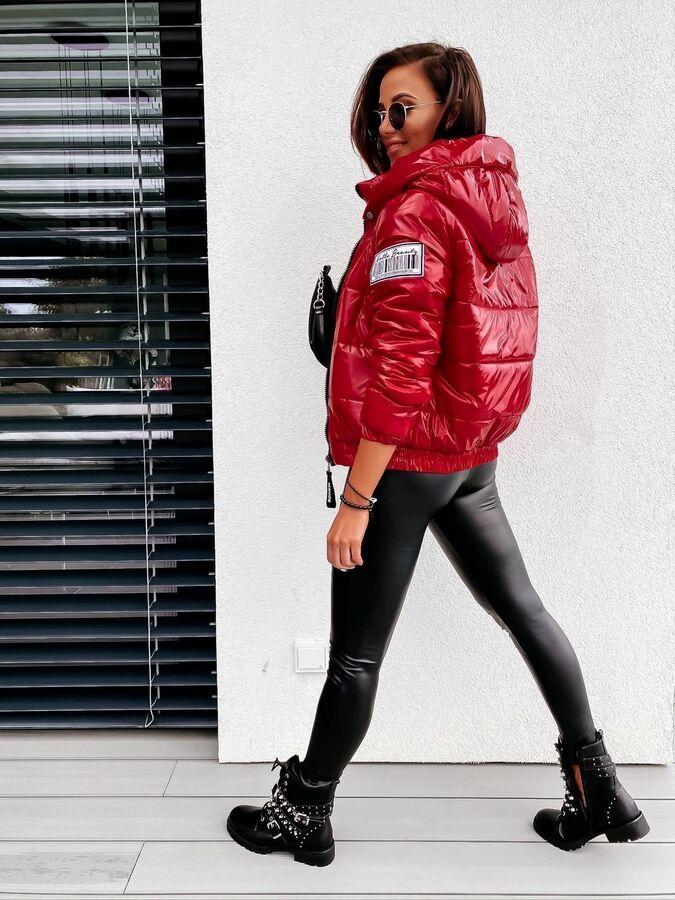 Куртка Сезон: еврозима. Замеры изделия: плечи 42, длина рукава по внутреннему шву 51, длина 64.
