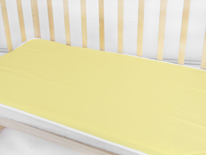 Клеенка в детскую кроватку
