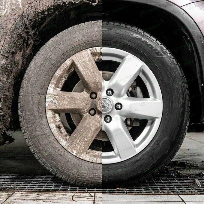Полироль (чернитель) шин Lavr Black Tire Conditioner With Silicone, с силиконом, глянцевый блеск, защита от старения, бутылка с триггером 500мл, арт. Ln1475