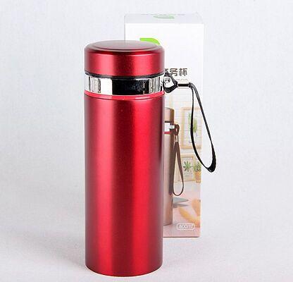 Термос Металлический термос для любителей горячих напитков собой. Колба металлическая. Объём 900мл