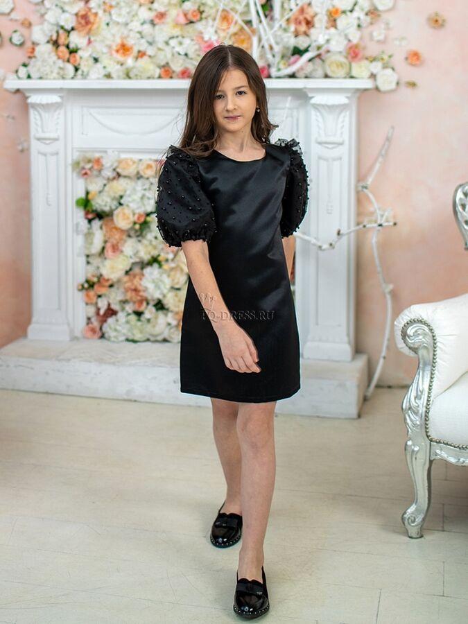 Платье Платье из плотного атласа, полностью на хлопковом подкладе. Особый акцент на шикарные рукава-фонарики с сеткой из бусин. Молния по спинке. *** На фотографии девочка ростом 130см, платье размер