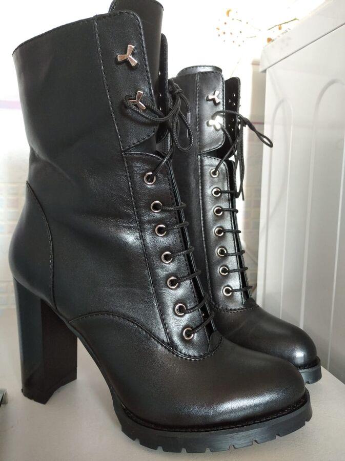 Высокие женские ботинки со шнуровкой. Модель 3212 б (демисезон) во Владивостоке