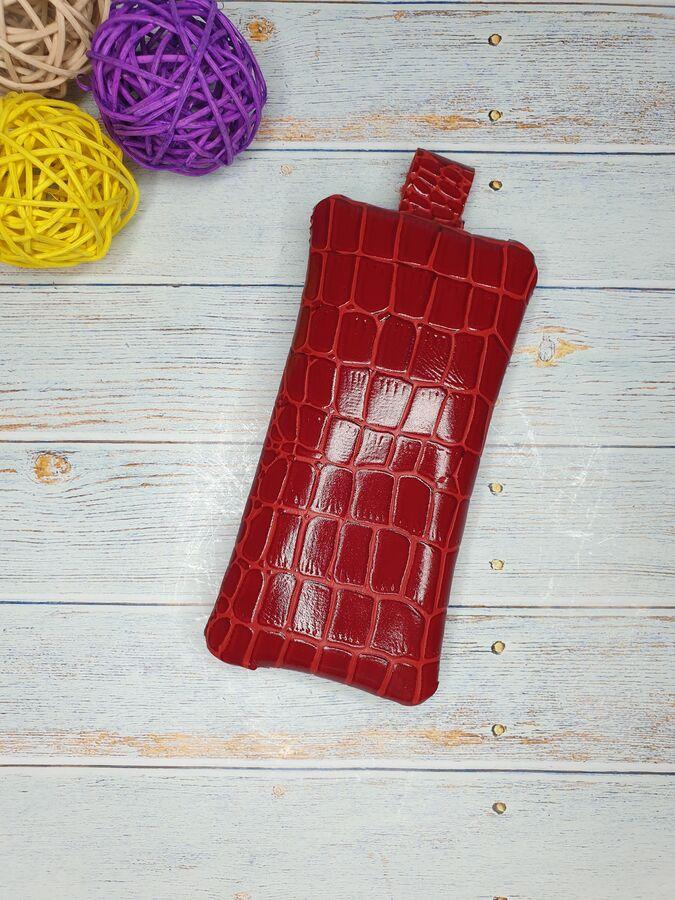 Ключница Ключница. Натуральная Кожа. Цвет красный.  6x14 см