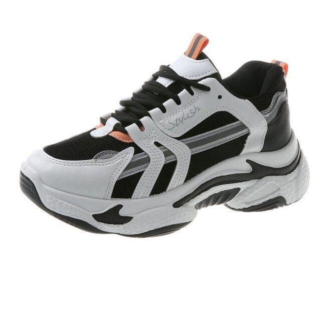 Женские кроссовки, цвет белый/черный, оранжевые вставки