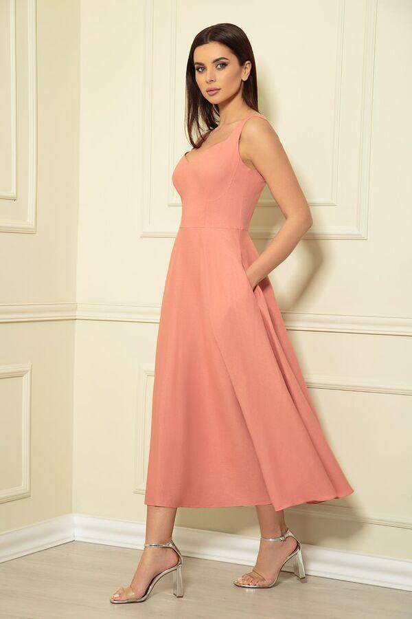 Сарафан Рост: 170 см. Состав ткани: 55% Лен 45% Вискоза Кокетливое платье-сарафан из натурального льна. Отрезное по линии талии, лиф прилегающий, юбка-широкий колокол длиной midi. Спереди лиф на широк