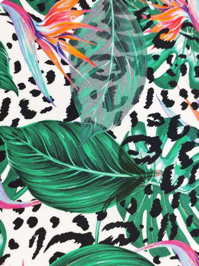 Легкое пляжное платье-саронг из принтованного вискозного полотна