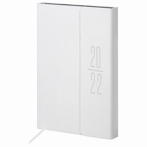 "Ежедневник датированный 2022 А5 138x213 мм BRAUBERG ""Towny"", под кожу, клапан, белый, 112737"