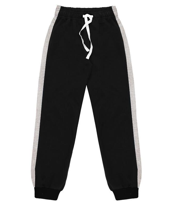 Спортивные брюки для мальчика чёрного цвета с лампасами Цвет: черный