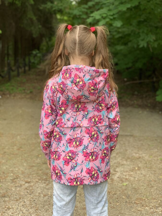 Ветровка для девочки