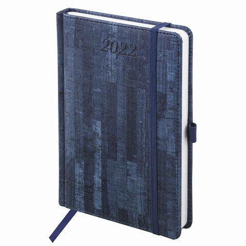 """Ежедневник датированный 2022 А5 138x213 мм BRAUBERG """"Wood"""", под кожу, держатель для ручки, синий, 112795"""